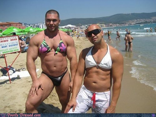 8oEF14Nc80aJV r8gkyrXA2 Poorly Dressed: Looking Ripped, Ladies Funny Picture