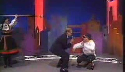 This 90s Talk Show Segment Is Proof That People Were Watching Weird Videos Way Before the Internet