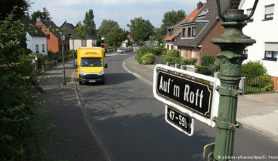 Düsseldorf Residents Ordered to Pay Up for 'Hitler Asphalt'