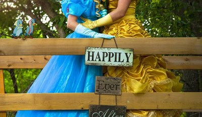 Heart Warmer of the Day: Disney-Princess-Themed Engagement Shoot Encourages All to Create Your Own Fairy Tales