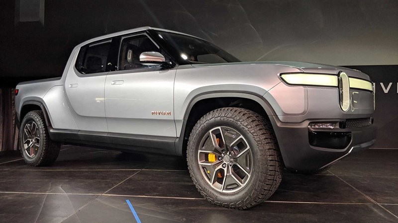 Rivian is breaking the mold and taking the reins from Tesla's CyberTruck with their own offering that has become a sensation.