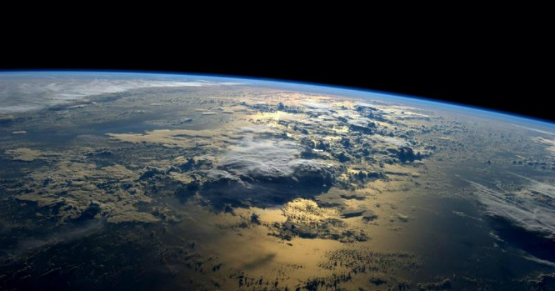 astronaut posting pics of earth from space