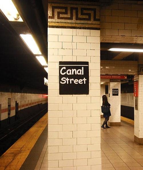 nyc Subway vandalism comic sans new york city - 117509