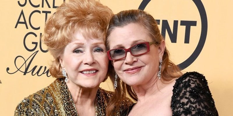 twitter reacts to death of Carrie Fisher and Debbie Reynolds