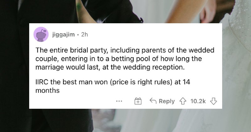 People describe wedding moments that showed them that the marriages definitely weren't built to last.