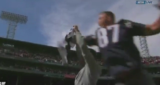 rob gronkowski,tom brady,nfl,super bowl,patriots,baseball,Video,red sox