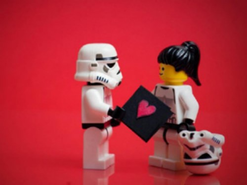 valentine's day gifts ideas for geeks nerds shopping online pic of lego characters star wars stormtrooper and female with helmet off valentine's card red background love dating relationships