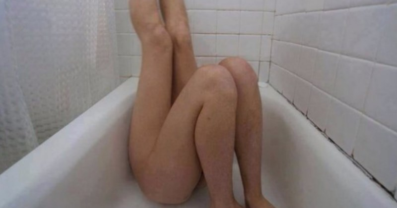 no context photo of a girl with two pairs of legs in a bathtub - cover photo for a list
