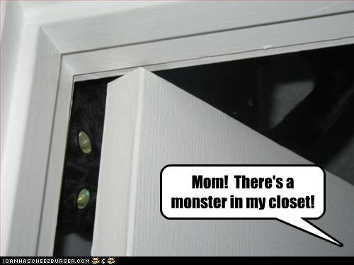 closet hiding monster scary - 2564828928