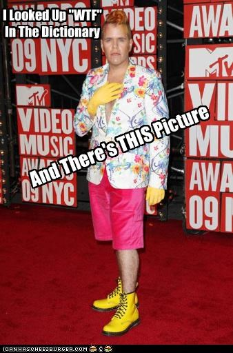 costume gossip columnists outfit Perez Hilton red carpet websites wtf - 2680044800