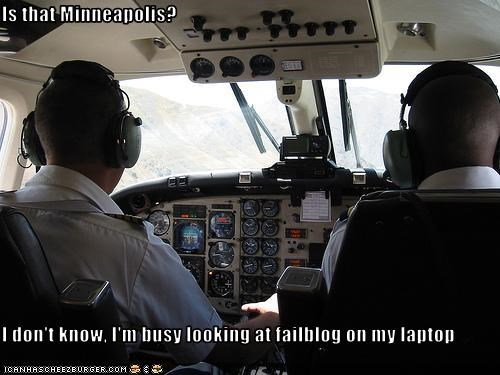 computers flying pilots - 2769215488