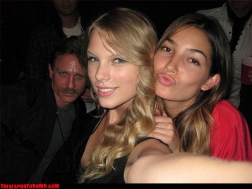 background bar creeper Daniel Craig Jägerbombed Party taylor swift - 2838909440