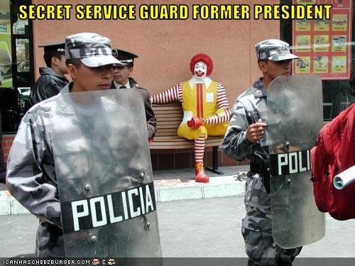 Cheezburger Image 2981937408