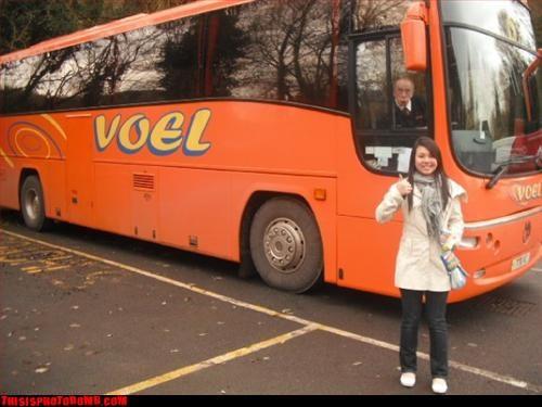 Awkward bus driver lol nice old man - 3004040192