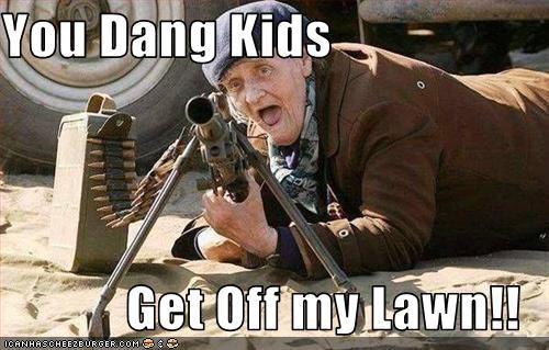 guns old woman - 3010275840