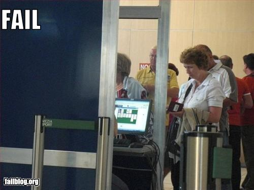 airport computer g rated playing security solitaire - 3012906496
