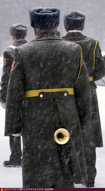 horns soldiers wtf - 3058272768
