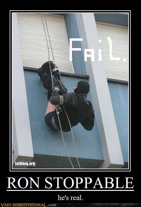 FAIL repelling soldier pants down - 3083340032