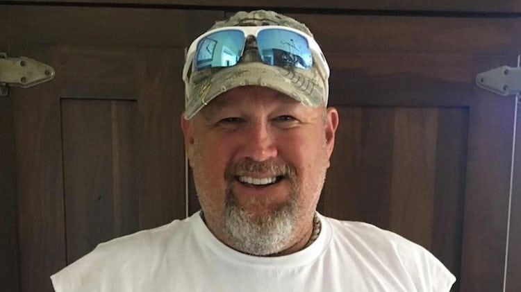 Larry the Cable Guy's iconic southern accent is proven fake in new interview video.