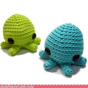 hand made Knitted Plushie squid sweet - 3116089600