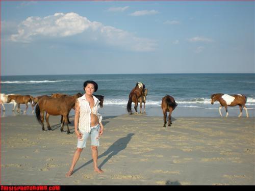 Animal Bomb enumclaw right by da beach sexy times - 3119677184