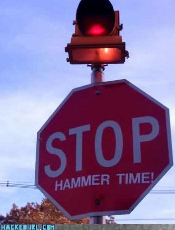 commands stop sign