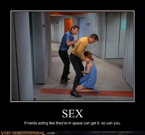 Captain Kirk,no green women,pumpers,Pure Awesome,sex,Star Trek,trekkers,Trekkies,tumblers