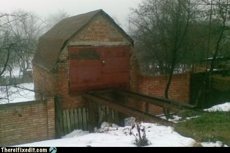 garage,narrow,railing,unsafe