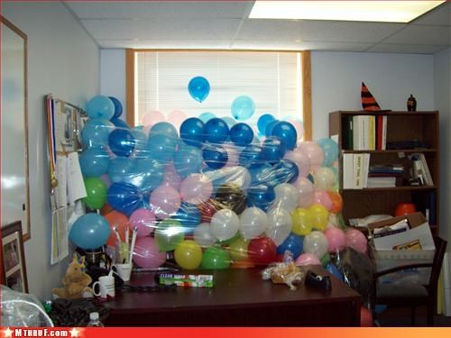 awesome co-workers not,Balloons,balloons are awful,busted,creativity in the workplace,cubicle boredom,cubicle prank,cubicle rage,dickhead co-workers,dickheads,osha,prank,pwned,sass,screw you,sculpture,wiseass,wrapping