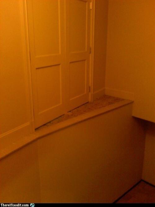 be careful door drop fall steps - 3380602112