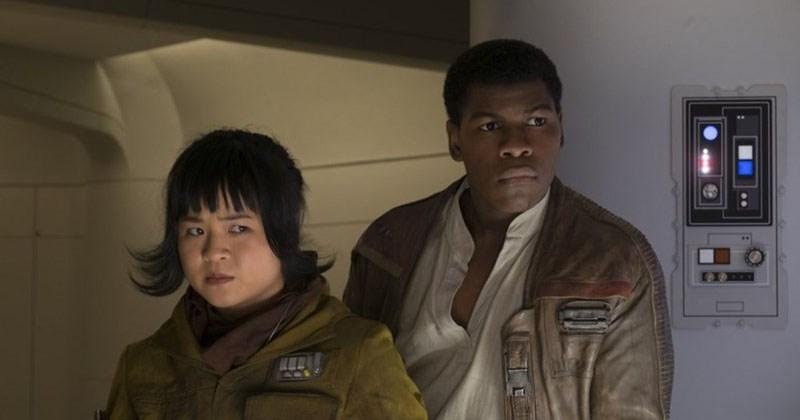 New images from Star WArs: The Last Jedi, kylo ren, poe dameron, luke skywalker, chewbacca, finn, rey.