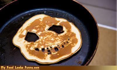 breakfast,cereals-grains,face,movies,nightmare before christmas,pancake,tim burton