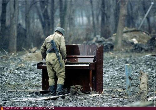 awesome gun piano russia soldier wasteland wtf - 3509502464