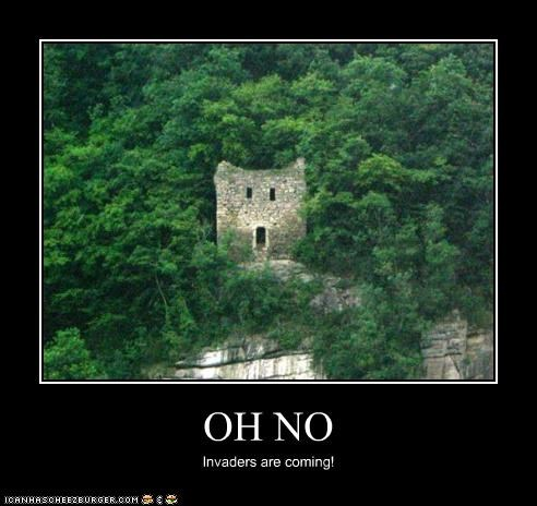 building invaders oh no scared - 3533424128