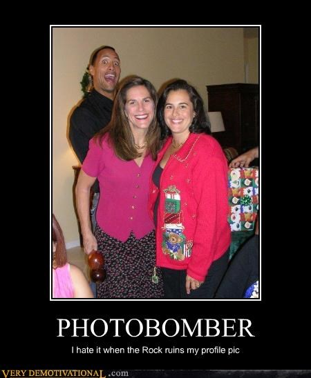 photobomb pic profile
