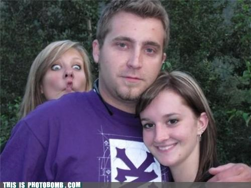 duck lips,extreme,ladies,photobomb,zoo york