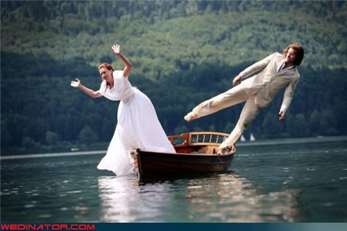 bride and groom wedding photo canoe Crazy Brides crazy groom fashion is my passion jumping-ship lake surprise technical difficulties were-in-love wedding photography trend wet bride wet groom wet on your wedding day wtf