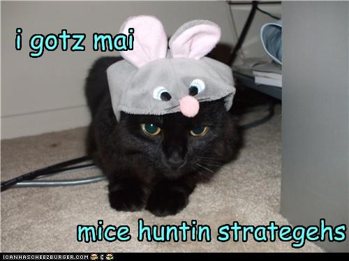 costume,hunting,look a like,mouse,plotting