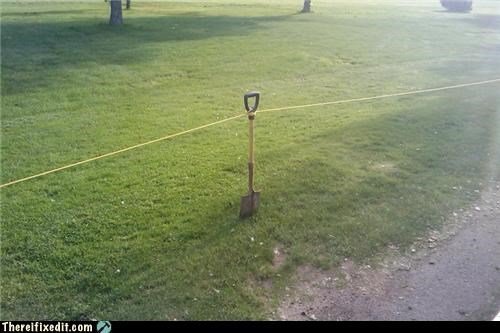 fence,shovel