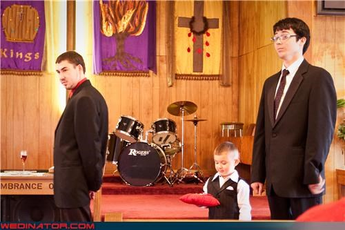 eww fashion is my passion funny wedding photos miscellaneous-oops ring bearer technical difficulties wedding ceremony wtf - 3700281600