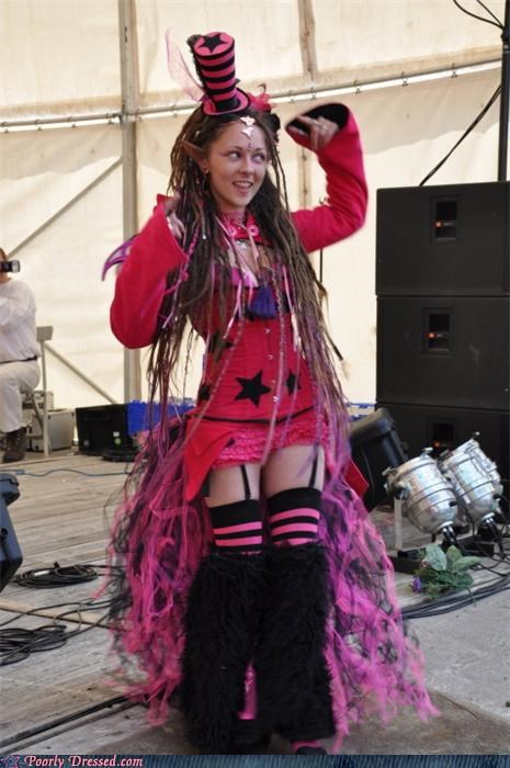 costume,dreadlocks,fuzzy,legwarmers,monochromatic,Steampunk