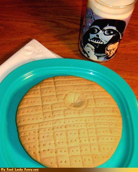cookies darth vader Death Star milk milk and cookies star wars Sweet Treats - 3726323968