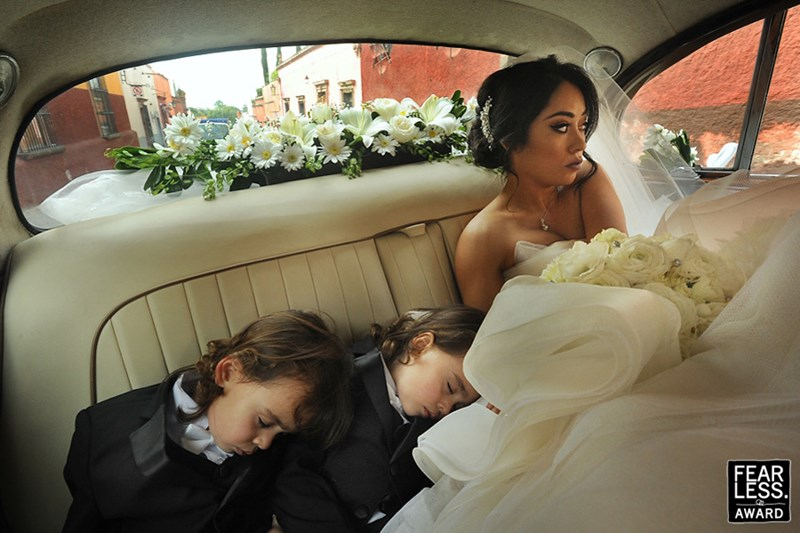 Beautiful and authentic wedding photos
