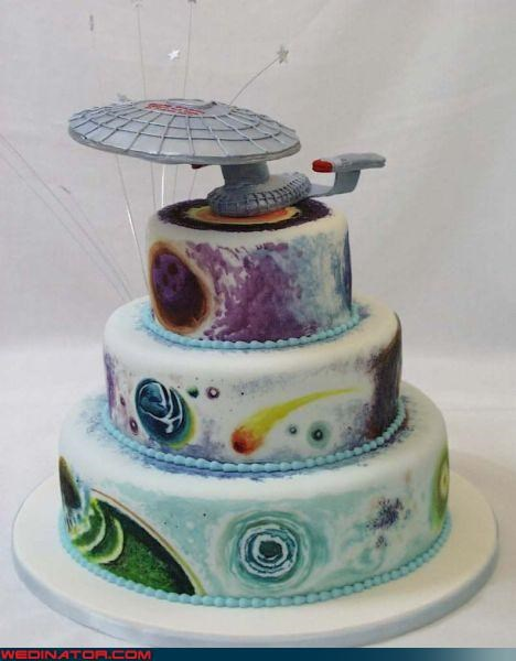 awesome wedding cake,Dreamcake,out of this world,Star Trek,Star Trek wedding cake,starship enterprise,themed wedding cake,wedding cake picture,Wedding Themes