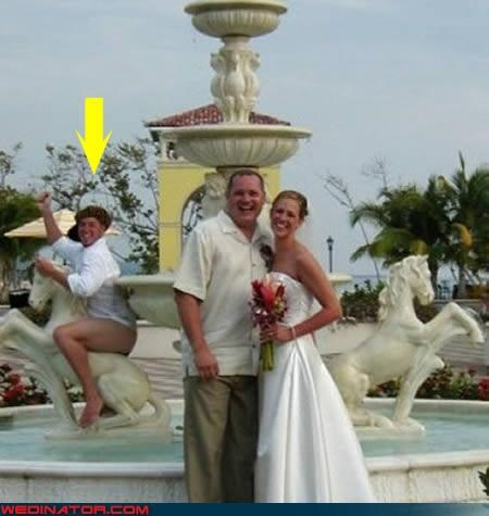 bride confusing eww fashion is my passion funny wedding photos going commando is-he-wearing-pants pantsless guy photobomb surprise wtf - 3752138752