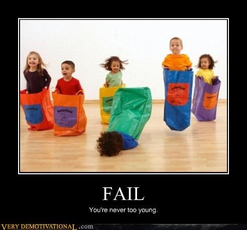 FAIL falling hilarious idiots kids laughing-at-other-peoples-misery ouch - 3753257472