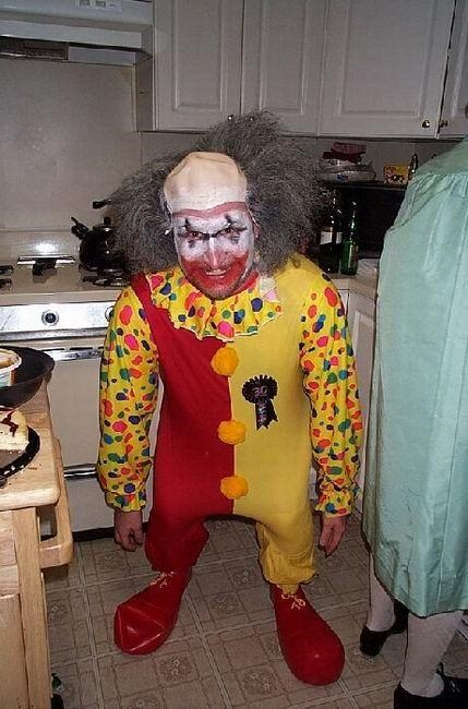 Final, sorry, pictures of midget clowns are