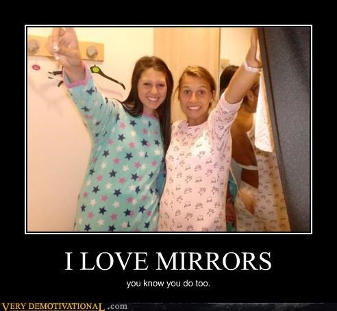 babes butt love mirrors pajamas photobomb Pure Awesome - 3795262720