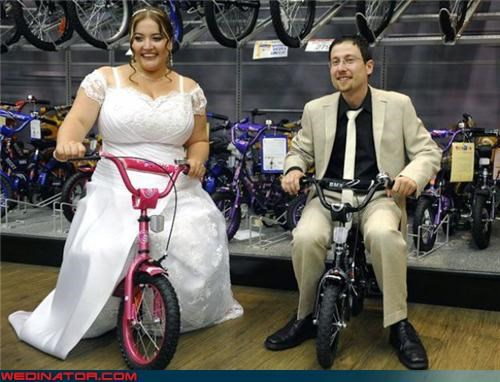 biker wedding,bride and groom in a toy store,bride-and-groom-on-kids-bikes,confusing,Crazy Brides,crazy groom,funny bride and groom picture,funny wedding photos,miniature bike enthusiasts,newlyweds on bikes,surprise,technical difficulties,were-in-love,Wedding Themes,wtf,wtf is this