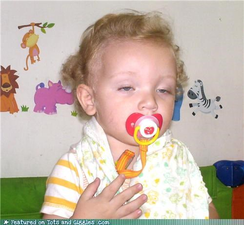 babies making faces baby-pictures-to-binky-or-not-to-binky Morning Aww - 3806464256